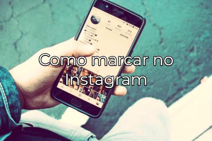como marcar amigo no instagram